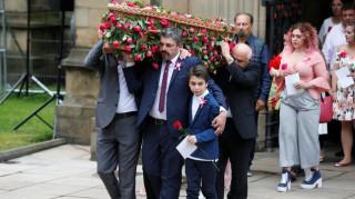 Μάντσεστερ: Κηδεύτηκε η μικρή Σάφι θύμα της τρομοκρατικής επίθεσης (pics)