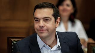 Δριμύ κατηγορώ της αντιπολίτευσης κατά του Αλ. Τσίπρα για τη συνέντευξή του