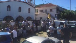Τελευταίο αντίο στον σμηναγό του μοιραίου αεροσκάφος στη Λάρισα (pics)