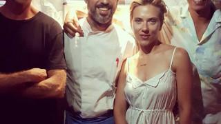 Τομ Χανκς, Γούπι Γκόλντμπεργκ & Λιζ Χάρλεϊ στην Ελλάδα