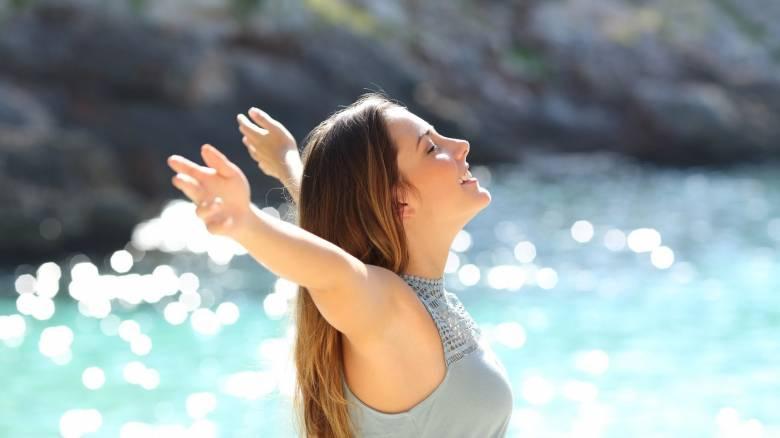 Το απόλυτο tip για να παραμείνεις φρέσκια και δροσερή το Καλοκαίρι