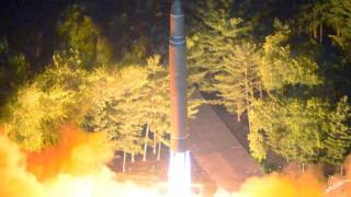 Με στρατιωτικά γυμνάσια απάντησαν οι ΗΠΑ στην εκτόξευση πυραύλου της Β.Κορέας (vid)