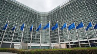 Η Κομισιόν στρέφεται «νομικά» εναντίον της Πολωνίας