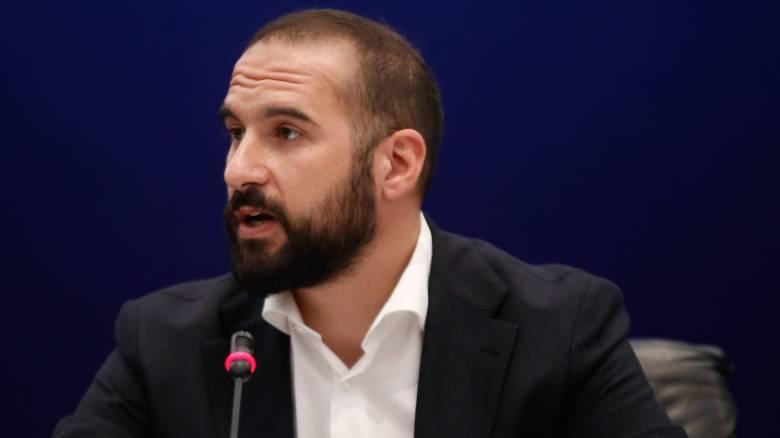 Τζανακόπουλος: Η ΝΔ αξιοποιεί τον Βαρουφάκη και εκείνος το αποδέχεται