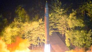 Επίδειξη δύναμης από τις ΗΠΑ... στις προκλήσεις της Β. Κορέας