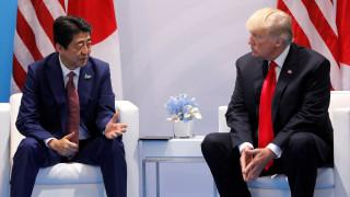 Συνομιλία Τραμπ-Άμπε για τη Β.Κορέα: Δεν τέθηκε ενδεχόμενο ανάληψης στρατιωτικής δράσης