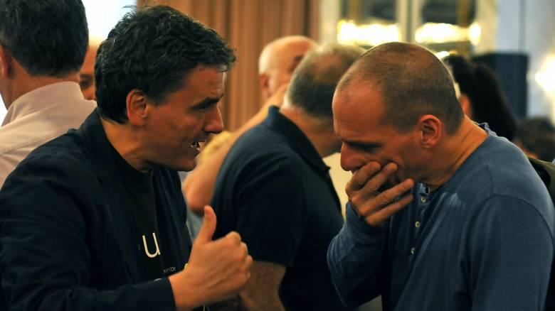 Διπλή παρέμβαση Τσακαλώτου – Η κριτική του υπουργού και η στάση του Μαξίμου
