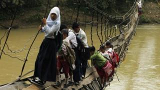 Ταξίδι προς τη γνώση: Οι περιπέτειες μικρών μαθητών σε απομακρυσμένα σημεία του πλανήτη