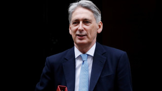 Brexit: Δε θα μειωθούν οι φόροι κάτω από το μέσο ευρωπαϊκό όρο
