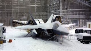 Στα άδυτα του εργαστηρίου όπου «δοκιμάζονται» αεροπλάνα σε ακραίες συνθήκες (Pic+Vid)