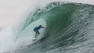 Surfing: Η πρόκληση του Big Wave Tour «κόβει» την ανάσα (vids)