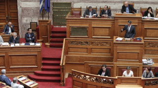 Μητσοτάκης στον Τσίπρα: Όταν γίνουμε κυβέρνηση θα καταργήσουμε το νόμο για την Παιδεία