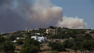 Συνεχείς αναζωπυρώσεις στην πυρκαγιά στα Κύθηρα