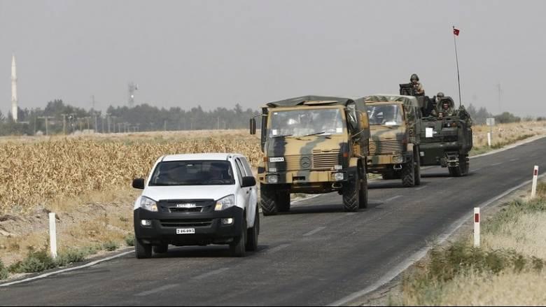 Τουρκία: Ενισχύει τις δυνάμεις της στα σύνορα με τη Συρία