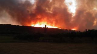 Ανεξέλεγκτη η φωτιά στα Κύθηρα, εκκενώθηκαν προληπτικά οικισμοί