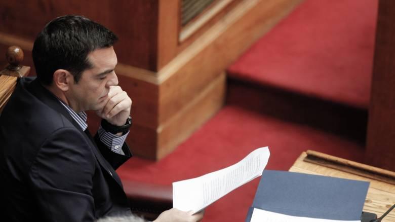 Ο Αλ. Τσίπρας παρακολουθεί στενά την πυρκαγιά στα Κύθηρα