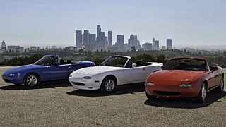 Η Mazda αναπαλαιώνει τα MX-5 της 1ης γενιάς