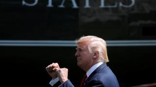 Χαιρετίζει τις νέες κυρώσεις του ΟΗΕ στη Βόρεια Κορέα ο Ντόναλντ Τραμπ