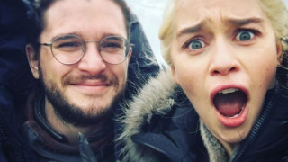 Game of Thrones: To selfie των 2.100.000 likes πάει για ρεκόρ