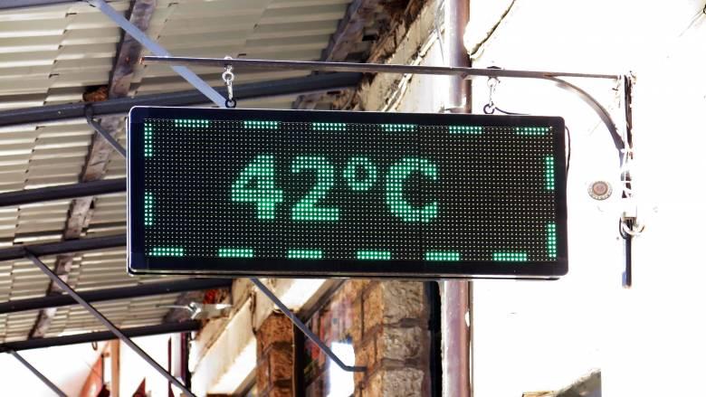 Καιρός: Θερμοκρασίες καύσωνα με βροχές και καταιγίδες