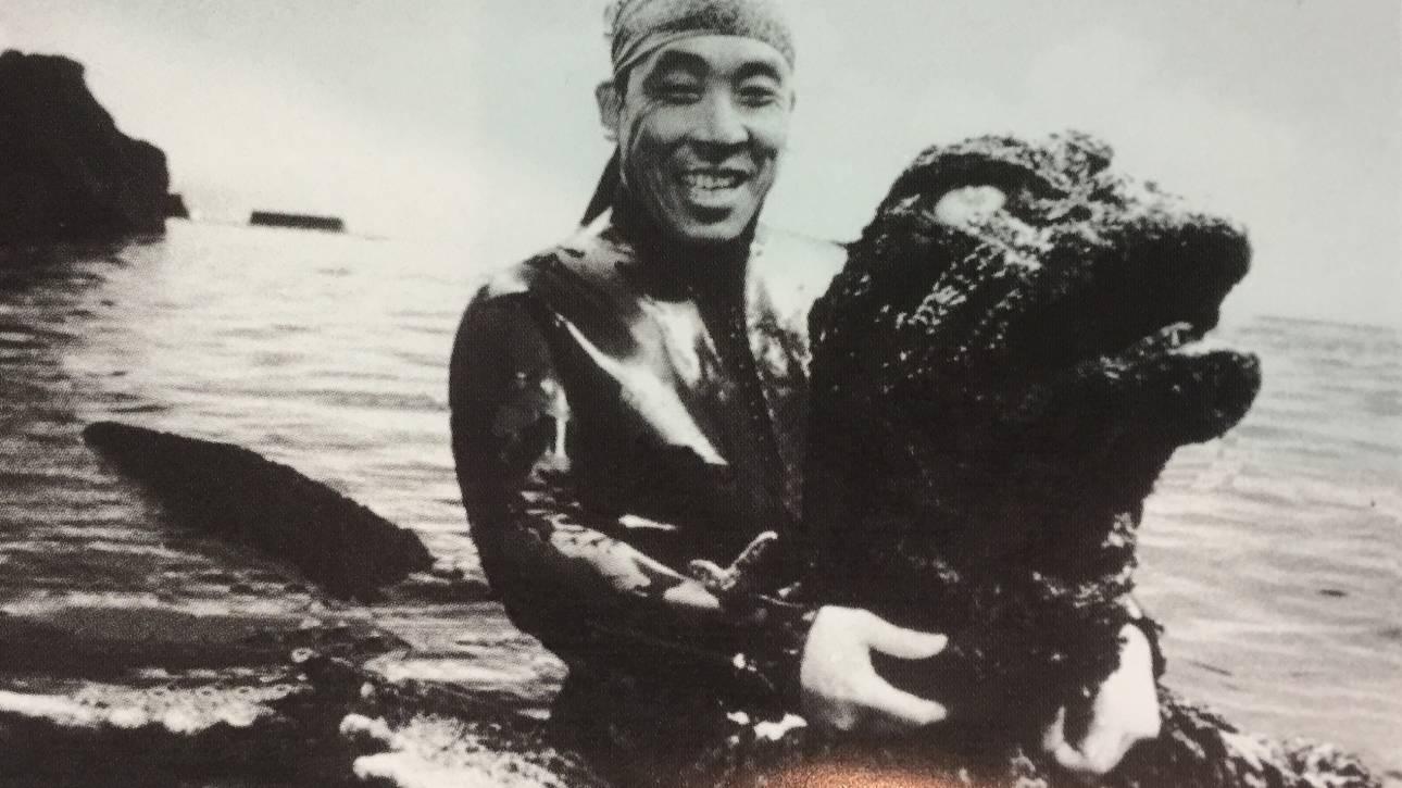 Θρήνος στην Ιαπωνία: Πέθανε ο πρώτος Γκοτζίλα της χώρας (vid)