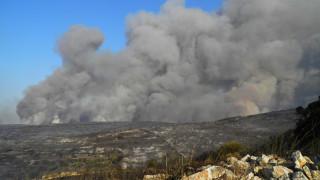 Πυρκαγιά στην Πάργα - Η φωτιά κατευθύνεται προς τις πηγές του Αχέρωντα