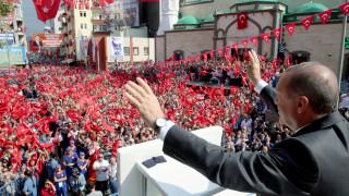 Ο Ερντογάν κατά των τραπεζών – Απαιτεί μείωση των επιτοκίων