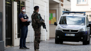 Παρίσι: Η αντιτρομοκρατική ανέλαβε τις έρευνες για την επίθεση στους στρατιώτες