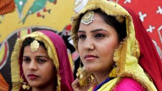 #AintNoCinderella: Οι γυναίκες στην Ινδία διεκδικούν τα δικαιώματα τους