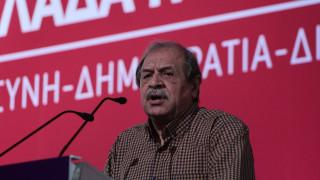 Το Μαξίμου στηρίζει τον Στέλιο Παππά και απαντά στις επικρίσεις της ΝΔ