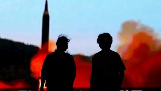 Η Ευρώπη «σφήνα» στην ένταση ΗΠΑ με Βόρεια Κορέα – Επεκτείνει τις κυρώσεις κατά της Πιονγκγιάνγκ