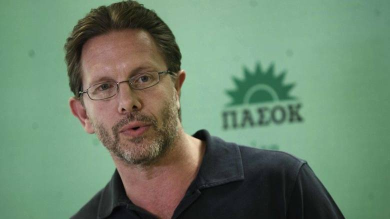 Γερουλάνος: Δεν θα είμαι υποψήφιος για την ηγεσία της Κεντροαριστεράς