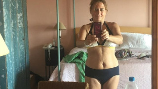 Bikinigate: Κανένα ρετούς στο ελληνικό selfie της Αλεξάντρα Σούλμαν της Vogue