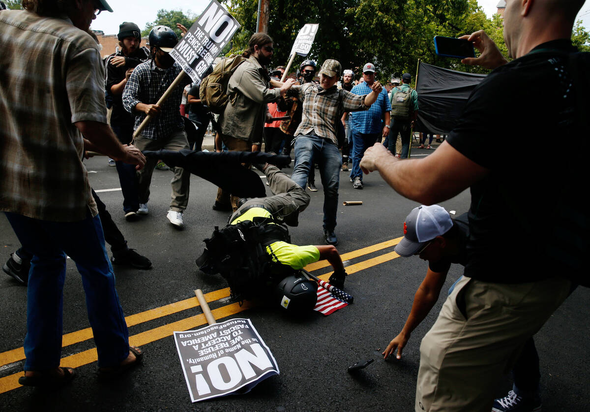 2017 08 12T173514Z 944303976 RC1FC1FBD880 RTRMADP 3 VIRGINIA PROTESTS