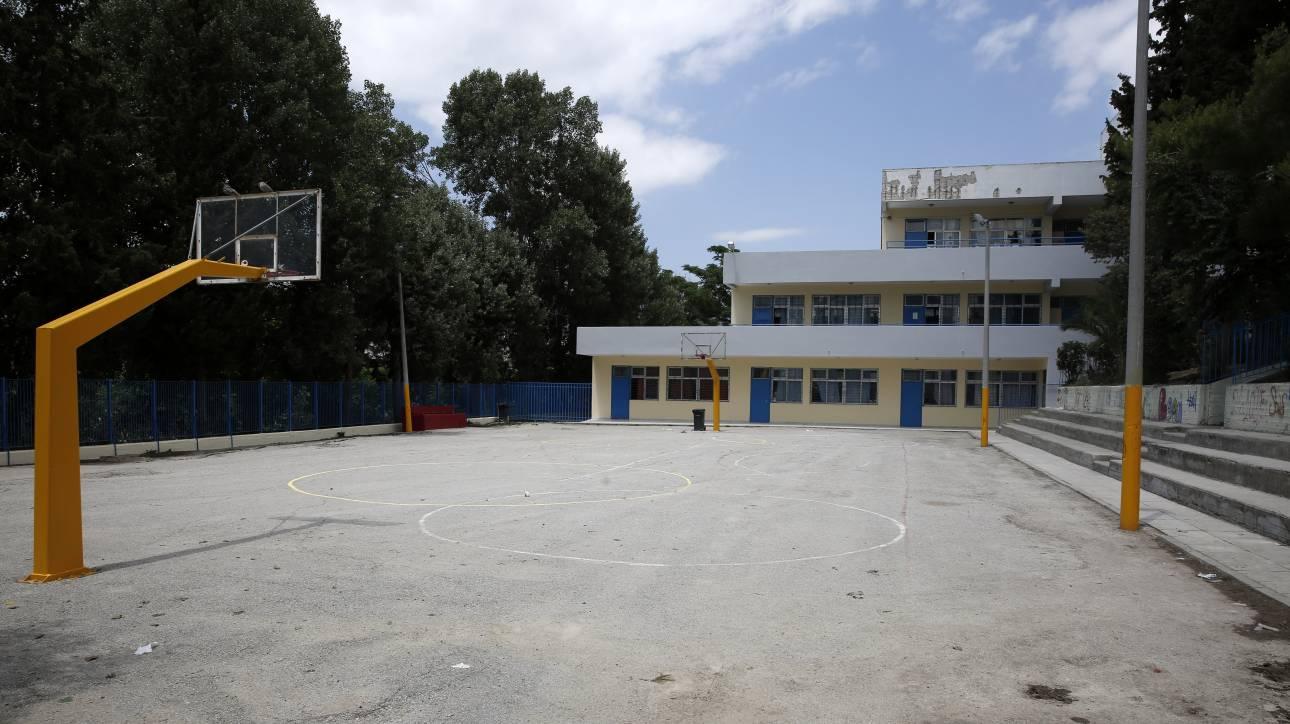 Τραγωδία σε σχολική γιορτή – 5χρονος έπεσε από το μπαλκόνι και σκοτώθηκε