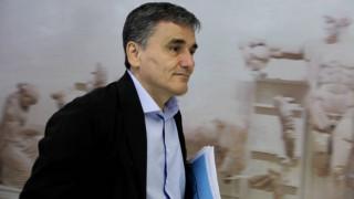Κυβερνητικές πηγές: Ο Τσακαλώτος δεν θα φύγει από το υπουργείο Οικονομικών