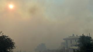 Οι καπνοί από τις φωτιές στην Αττική έφτασαν μέχρι την Κρήτη (pics)