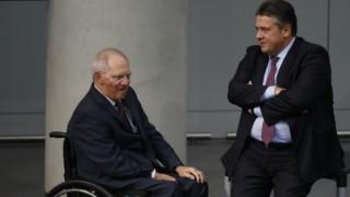 Γκάμπριελ: Ο Σόιμπλε ήθελε την Ελλάδα εκτός ευρώ