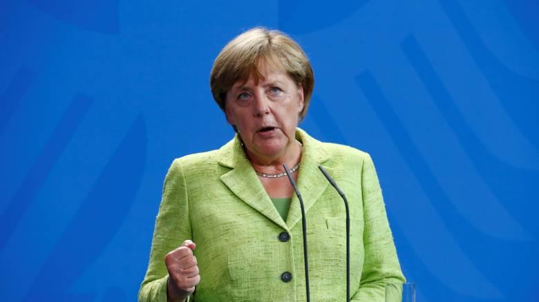 Μέρκελ: Όχι σε κούρεμα, ναι στη συζήτηση για περαιτέρω ελάφρυνση του ελληνικού χρέους