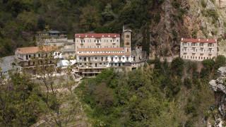Δεκαπενταύγουστος: Προσκύνημα στις εκκλησίες της Στερεάς Ελλάδας