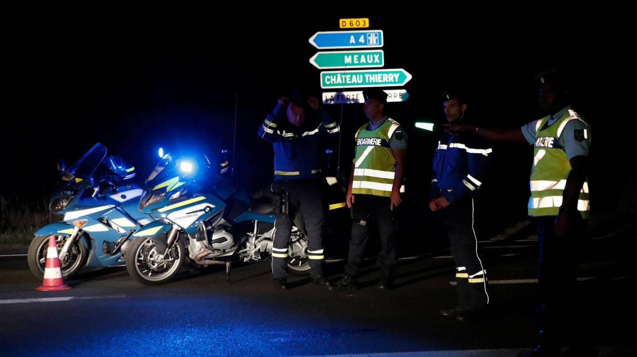 Παρίσι: Εσκεμμένη πράξη όχι όμως τρομοκρατική επίθεση το περιστατικό με το αυτοκίνητο (pics)