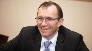 Κυπριακό: Παραιτήθηκε ο Άιντε - θέτει υποψηφιότητα στις εκλογές της Νορβηγίας