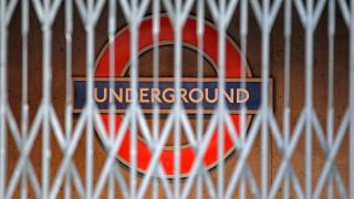Εκκενώθηκε σταθμός του Μετρό στο Λονδίνο μετά από αναφορές για φωτιά