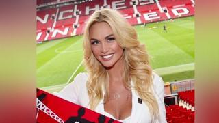 Manchester United στην Victoria Lopyreva: «Είσαι γουρλού σε παρακαλάμε να μην φύγεις» (Pics+Vid)