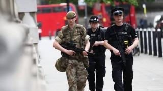 Ένας «ήρωας» της επίθεσης στο Μάντσεστερ διώκεται για κλοπές σε βάρος θυμάτων