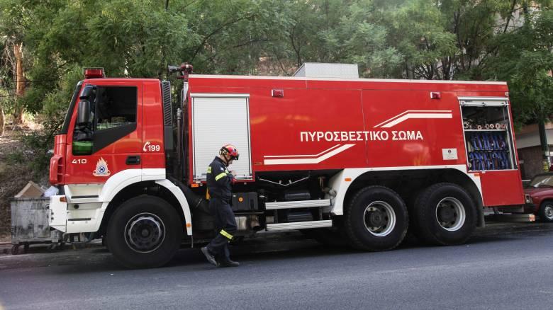 Πυρκαγιά σε λεωφορείο στη Βαρυμπόμπη