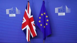Προς αναβολή οι διαπραγματεύσεις για τη μελλοντική σχέση Βρετανίας - ΕΕ