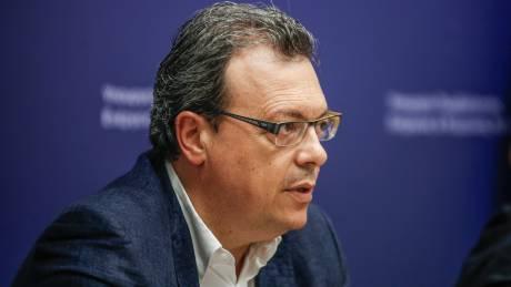 Σ.Φάμελλος: «Δουλειά της αντιπολίτευσης δεν είναι να κάνει αντιπολίτευση από τις ξαπλώστρες»