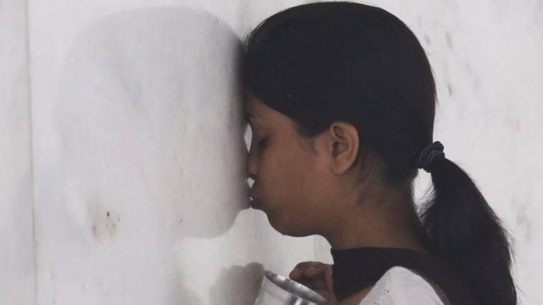 Ινδία: Γέννησε η 10χρονη που έμεινε έγκυος μετά από βιασμό