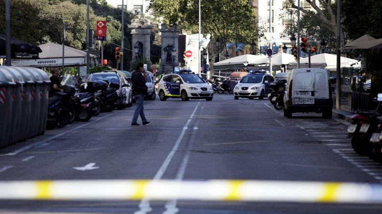 Βαρκελώνη: Στο πλευρό των θυμάτων το ισπανικό ποδόσφαιρο και ο Μέσι